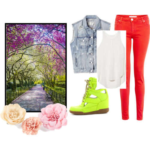 I just love Polyvore. What do you think about it? This is my option for a Sunday walk :)